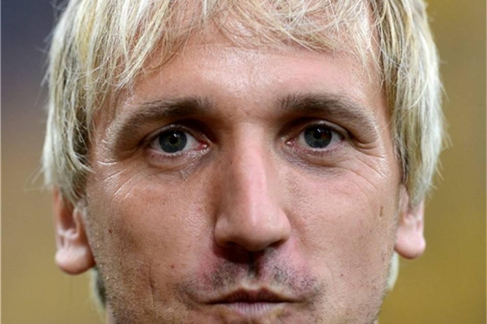 Thomas Neubert Dynamo von 2001 bis 2006 Der Begriff Fußballgott wurde für ihn erfunden, zumindest in Dresden. Die Fans vergötterten ihren Neubi, der den Durchmarsch bis in Liga zwei mitgeprägt hat.