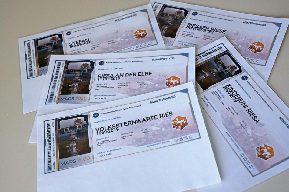"""Fast elf Millionen """"Tickets zum Mars"""" wurden im Rahmen der Aktion gelöst. Die Urkunde für Riesa will Stefan Schwager im Stadtrat an den Oberbürgermeister übergeben."""