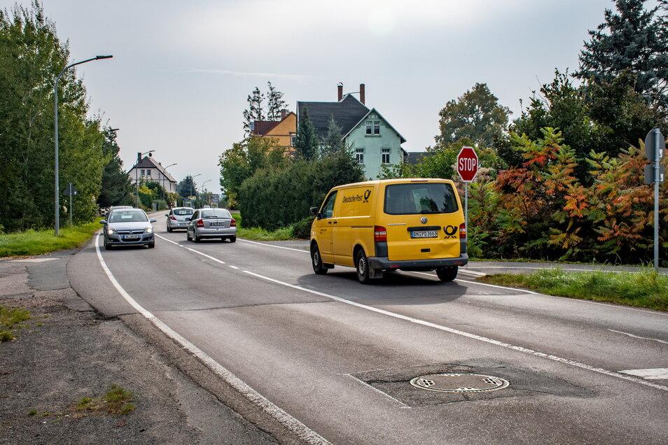 Die Hauptstraße soll im ersten Bauabschnitt zwischen Kauflandkreuzung und Ortsausgang grundhaft ausgebaut werden. Dazu haben sich die Stadträte bekannt.