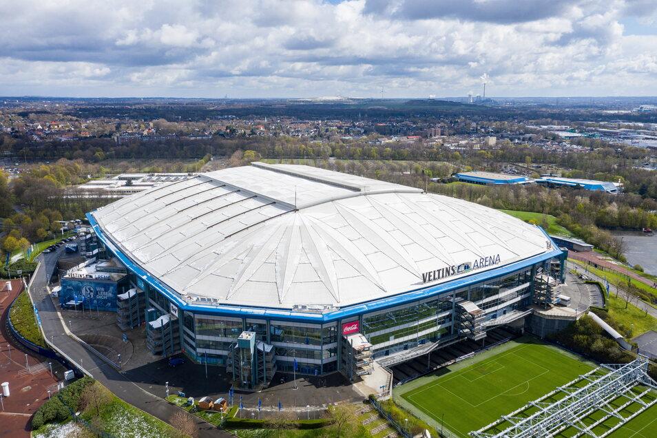 FC Schalke 04 | Veltins-Arena | Kapazität: 62.271 | Auslastung: 19.770 | Auslastung in Prozent: 32.