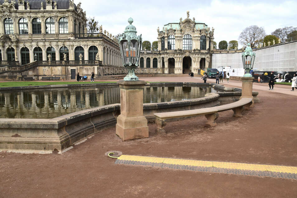 Bis zu fünf Millionen Besucher kommen jährlich in den Zwinger. Das ist auch eine enorme Belastung für die Wege im Hof. Sie werden erneuert und erhalten einen besseren Belag.