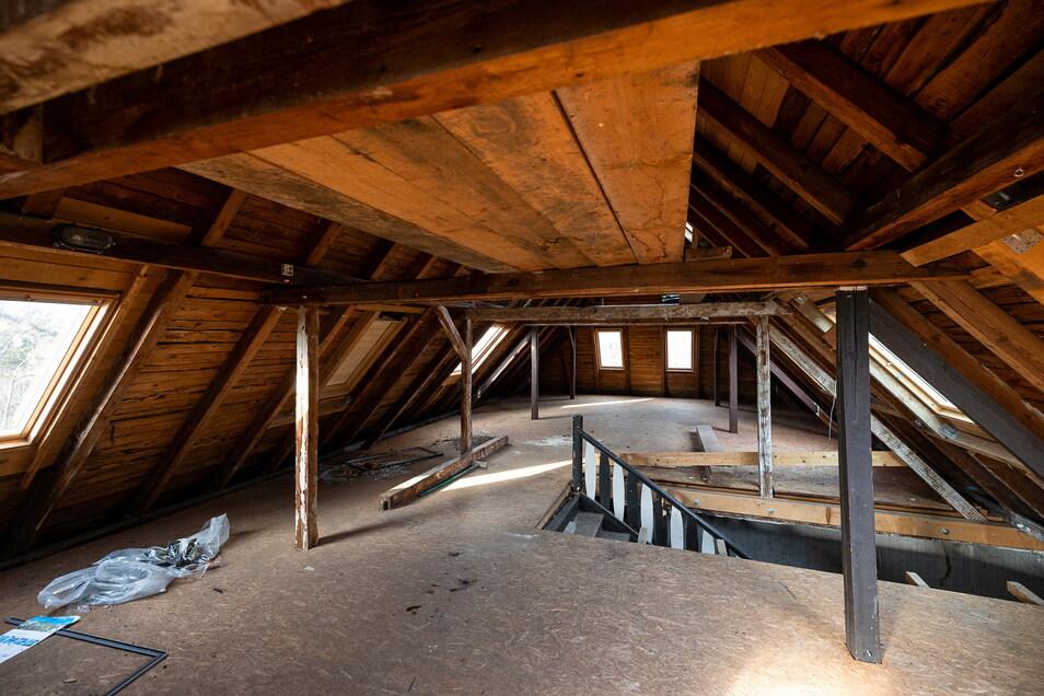Blick in den Dachboden.