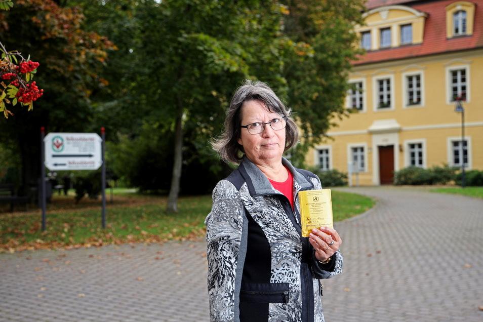 Ilona Dießner durfte trotz Impfung nicht ihre Mutter im Glaubitzer Seniorenheim besuchen.