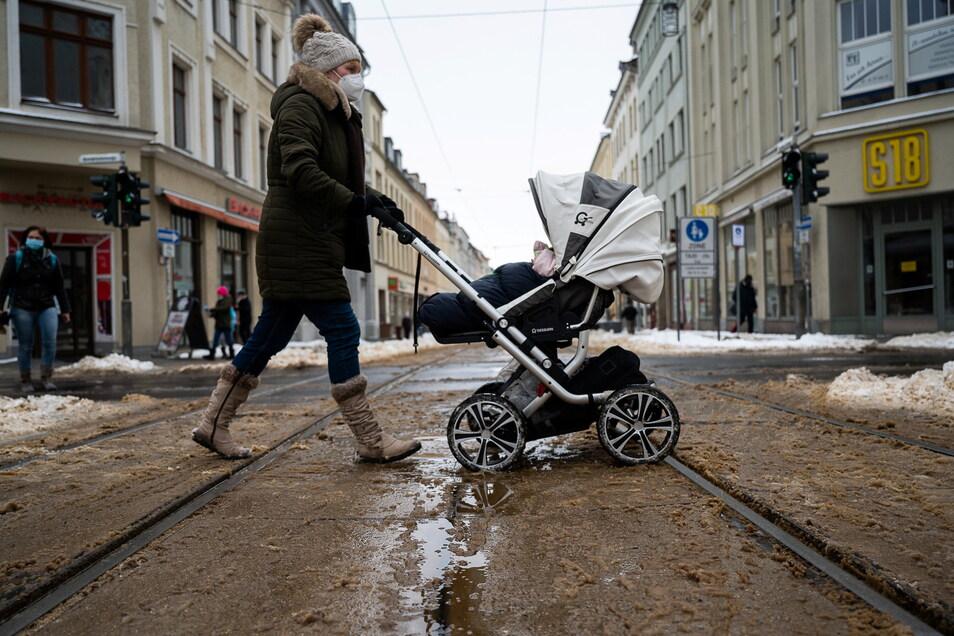 Düster: Frauen und Kinder werden weniger werden im Kreis Görlitz.