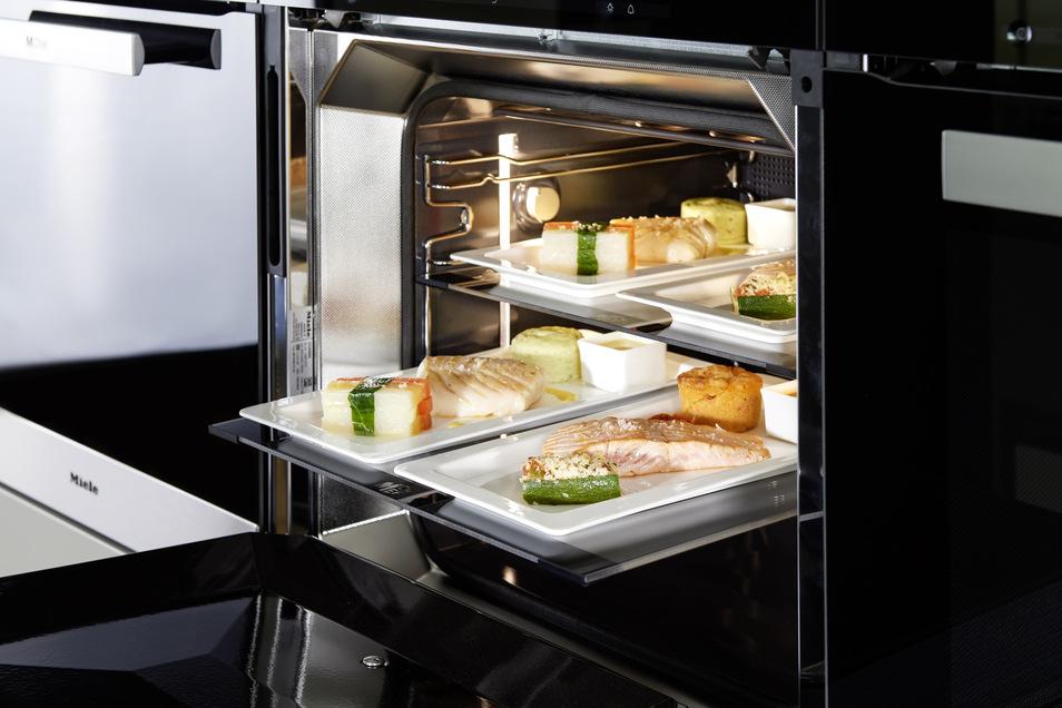 Hochwertige Küchen brauchen auch beste Technik - im Küchenzentrum Dresden gibt es die auch von der Schweizer Qualitätsfirma V-Zug.