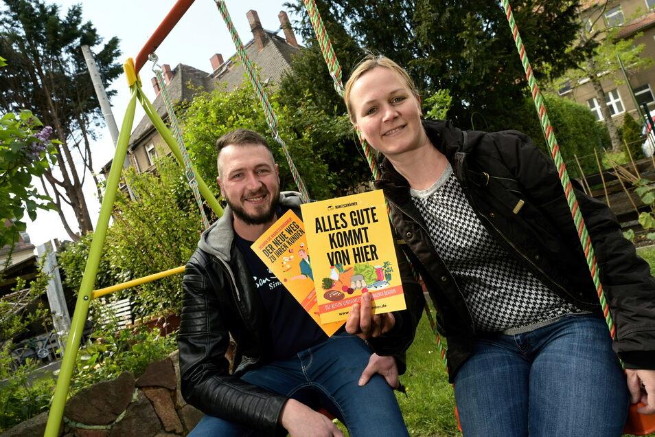 Das erste Jahr erfolgreich überstanden: Claudia Pigors und Ronny Krause haben in Riesa-Gröba eine Marktschwärmerei gestartet. Bei dem regionalen Lebensmittel-Markt machen schon 500 Leute mit.