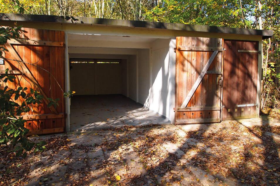 Und so sahen die Garagen aus, bevor sie ausgebaut wurden.