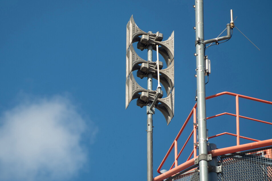 Dresden ist flächendeckend mit solchen digitalen Sirenen ausgerüstet.