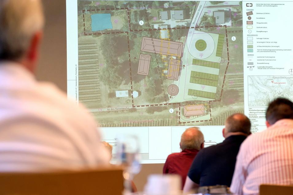 Ein Gästehaus in Form eines Dreiseithofes soll auf dem ehemaligen Mühlenareal in Proschwitz entstehen. Diese Pläne waren im vorigen Sommer im Stadtrat lediglich vorgestellt worden.