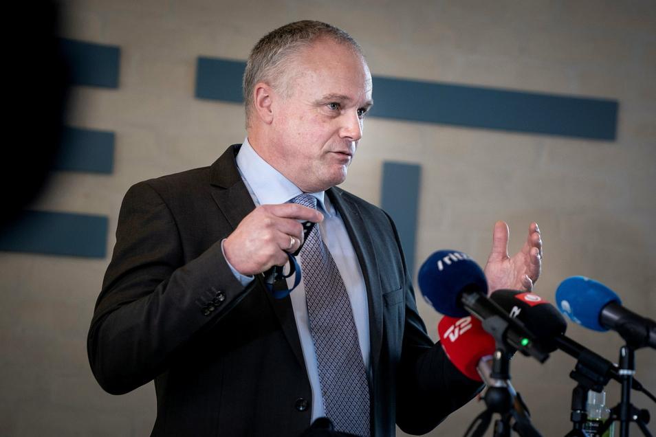 Flemming Drejer, Operativer Leiter des dänischen Inlandsnachrichtendienstes PET, spricht bei einer Pressekonferenz über den Anti-Terror-Einsatz in Dänemark und Deutschland.