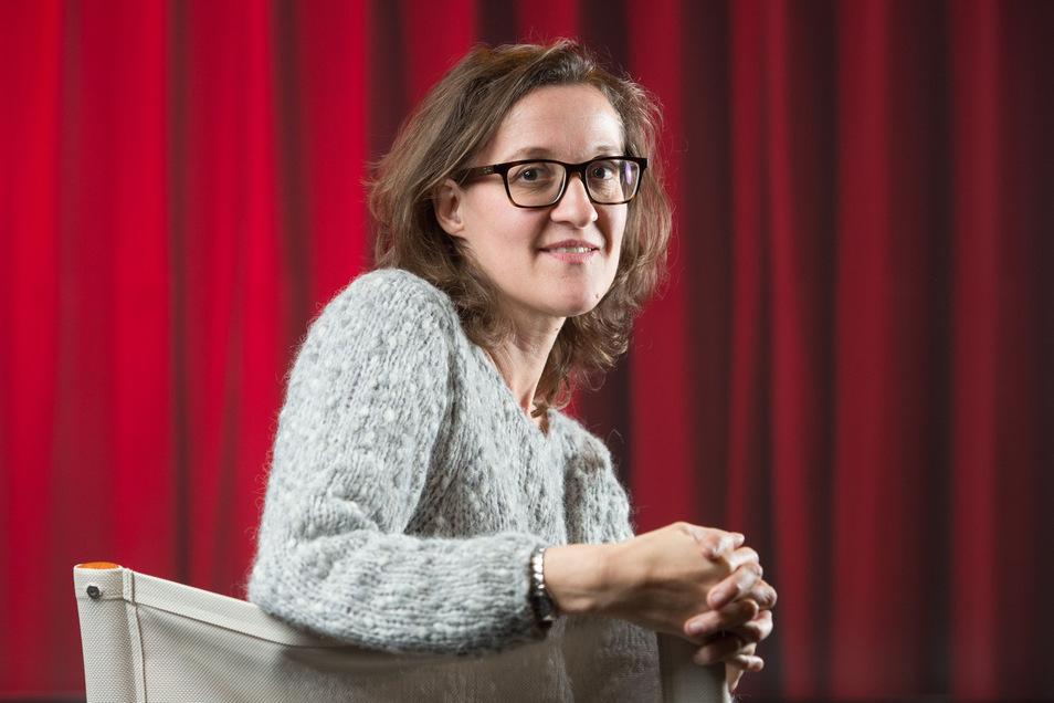 Miriam Tscholl ist Regisseurin und bereitet ein Kunstprojekt mit Dippser Bürgern vor. Sie hat viel Erfahrung mit dieser Art von Kulturarbeit.