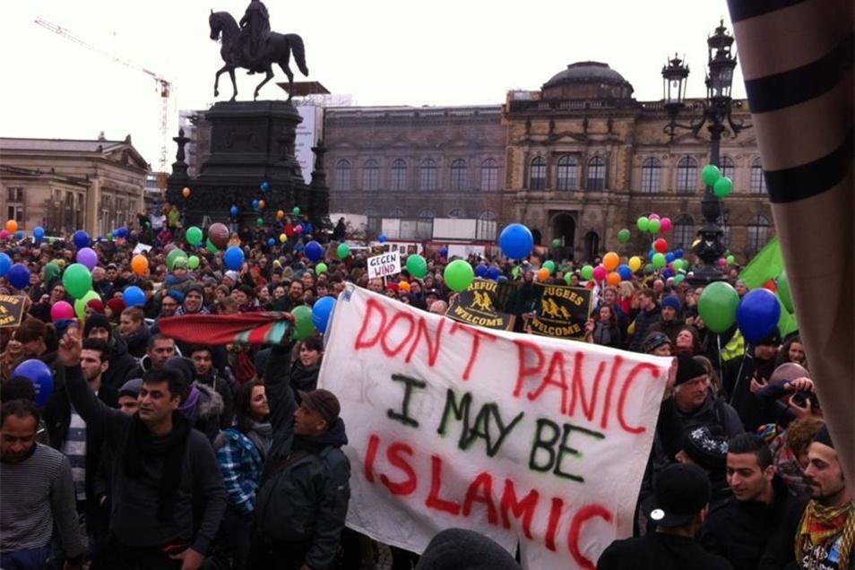 Die dort entstandene islamkritische Bewegung hat nach Meinung Betroffener die Stimmung gegen Asylbewerber in Deutschland aufgeheizt.