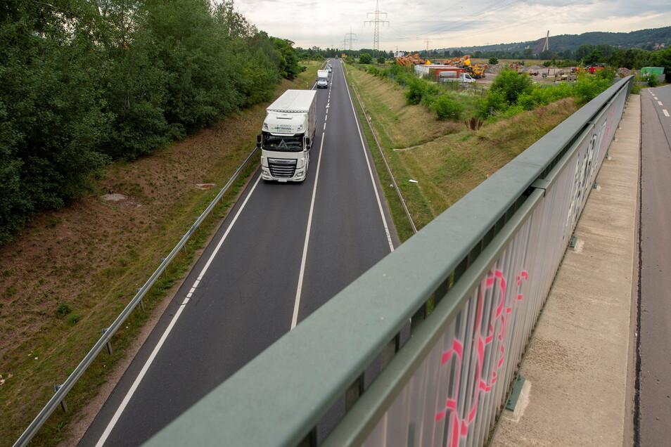 Bislang endet die Elbtalstraße S 84 im Coswiger Ortsteil Kötitz im Nichts. Laut Plan soll sie bis Meißen weitergebaut werden.