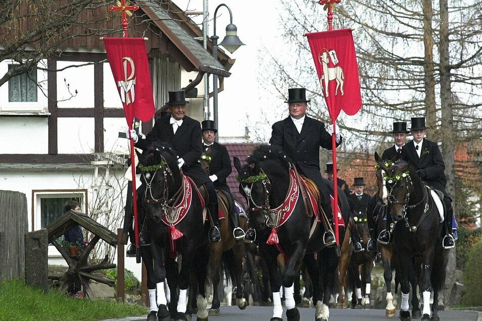 Bis das Osterfest gefeiert wird - hier Saatreiter im Ostritzer Kloster St. Marienthal - können ab Aschermittwoch Fastenbriefe zur Vorbereitung genutzt werden.
