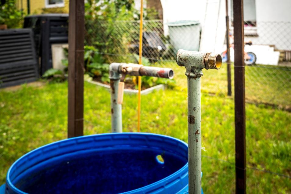 Da fehlt doch was: In diesem Riesaer Garten stahl jemand jetzt zwei Wasserhähne aus Messing - und bei zwei Dutzend Nachbarn in der Sparte ebenfalls.