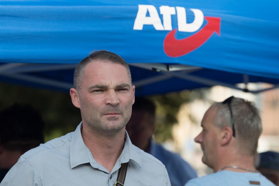 AfD-Kandidat Sebastian Wippel muss sich der CDU geschlagen geben. Nach der OB-Wahl nun zum zweiten Mal. Dafür geht seine Partei als stärkste aus der Landtagswahl im Wahlkreis Görlitz hervor.