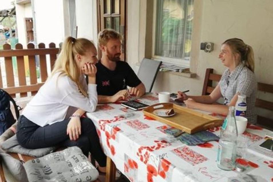 Was beschäftigt junge Sorben? Das erfuhren die SZ-Reporterinnen am Donnerstag. Auch am Freitag sind sie in den sorbischen Gemeinden unterwegs.