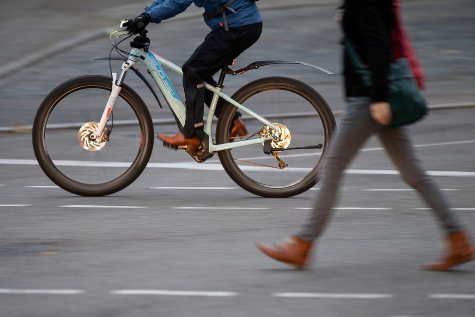 In Kamenz wurde auf der Nordstraße ein E-Bike gestohlen. Die Polizei leitete die Fahndung ein und fand ein anderes gestohlenes Elektrofahrrad.