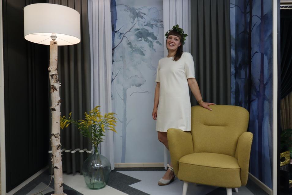 """Bei Cynthia Bähr heißt es """"Feel Nature"""". Sie verarbeitete ausschließlich natürliche Materialien wie Wolle, Baumwolle und Leinen und verlegte Teppich aus Ziegenhaar."""