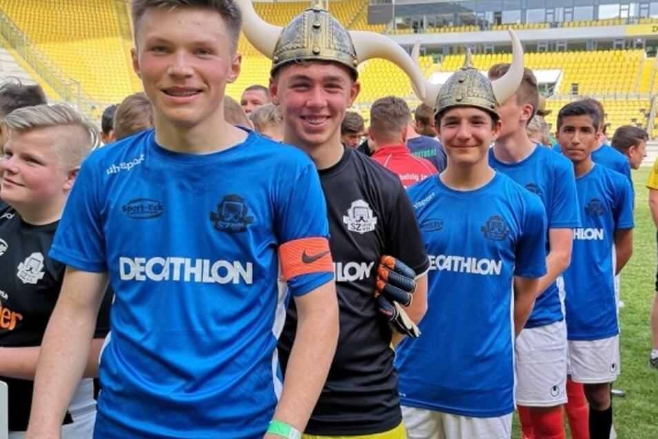 So sehen Sieger aus: Die Nachwuchs-Kicker vom Görlitzer Fußballclub Rauschwalde holen den Titel nach Island - man sieht´s.
