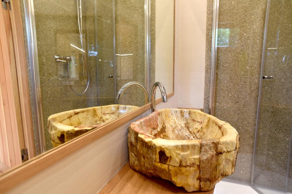 Das Design im Bad ist besonders - und setzt auf die Natürlichkeit.