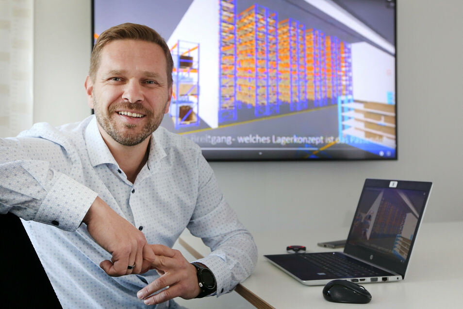 Uwe Wenzel, Geschäftsführer der Firma Logsol, blickt optimistisch in die Zukunft. Die Logistikplanung des Dresdner Unternehmens ist weltweit gefragt.