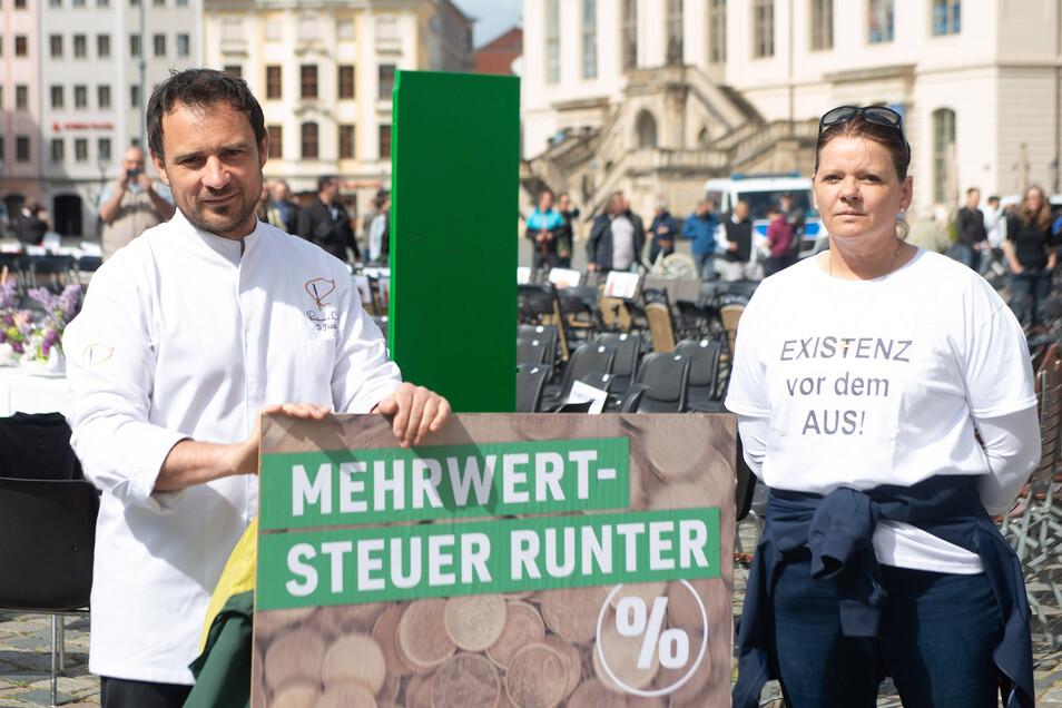 Daniel Fischer und Petra Paul fordern schnelle Entscheidungen von der Politik, wann die Restaurants wieder öffnen dürfen.