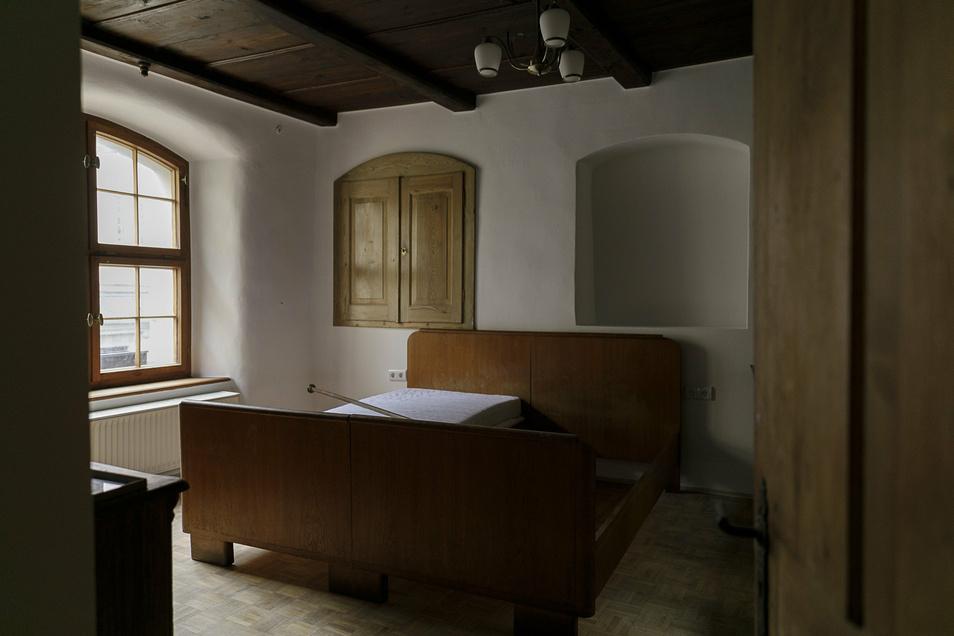 Kurz vor Wiedereröffnung: Im September vorigen Jahres hatte Thomas Maiwald die vier Pensionszimmer im Flyns eingerichtet.
