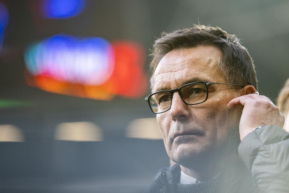 Dynamos Geschäftsführer Michael Born hat versucht, die DFL zu überzeugen, doch die Argumente zählen für den Ligaverband offenbar nicht.