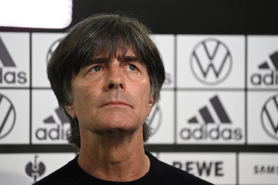 Bundestrainer Joachim Löw sieht trotz der Niederlage gegen Frankreich Ansätze, die ihm Hoffnung machen.