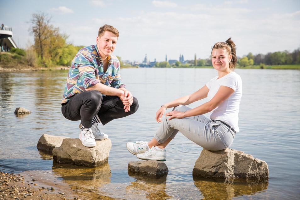 Die Elbe wird für die Studenten Jan Kollan und Mara-Leandra Berger für einige Zeit ihr zu Hause.