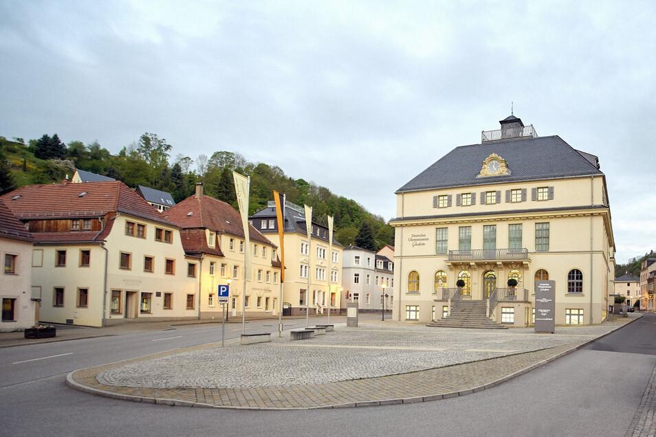 Das Deutsche Uhrenmuseum Glashütte öffnet wieder und führt Ruhetage ein.