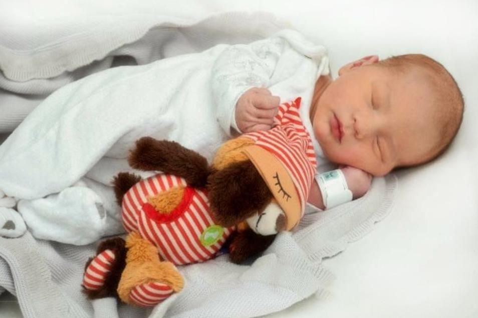 Moritz;Geboren am 12. Oktober 2020; Geburtsort: Ebersbach-Neugersdorf; Gewicht: 4.000 g; Größe: 53 cm; Eltern: Sarah und Robert; Wohnort: Löbau