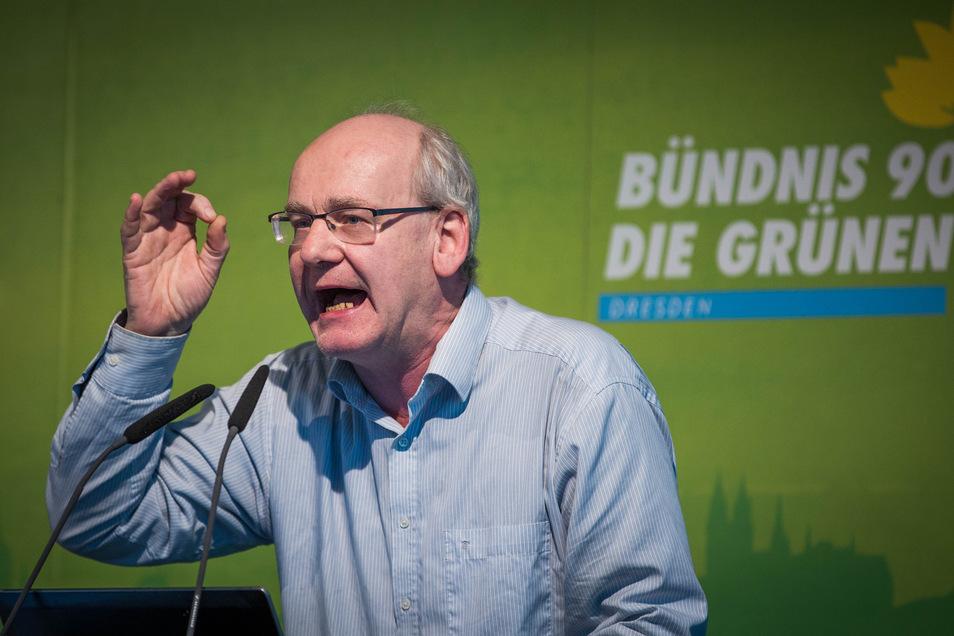 Stadtrat Johannes Lichdi droht mit Austritt aus der Grünen-Fraktion.