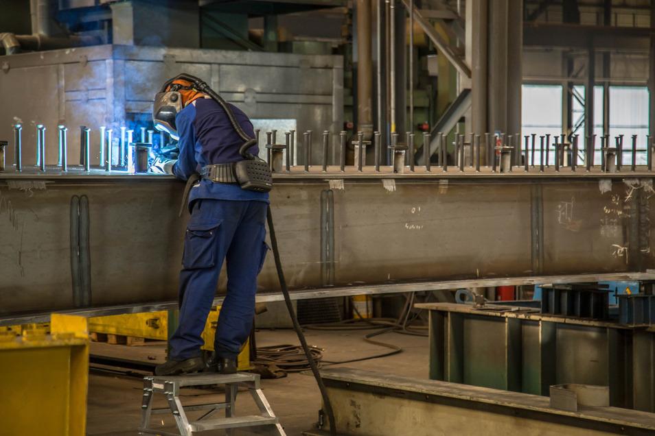 Laut Arbeitsagentur haben sich in den zurückliegenden Monaten etliche Stahlbauer in Niesky arbeitslos gemeldet.