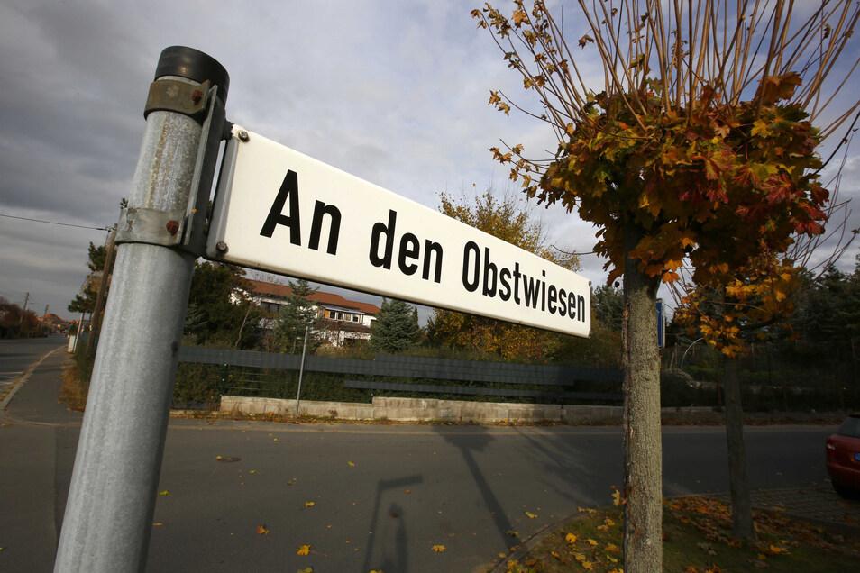 Nun kann ein Notartermin vereinbart werden und das etwa 4.000 Quadratmeter große Grundstück an den Obstwiesen an die Bosch Wohnungsgesellschaft verkauft werden.