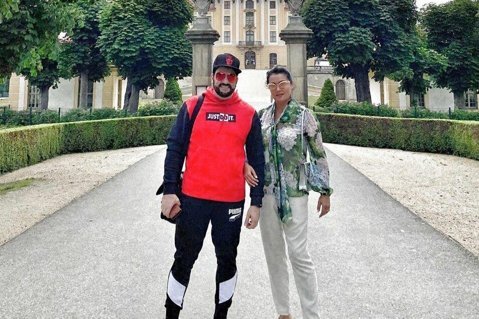 Anna Netrebko besuchte zusammen mit ihrem Mann, dem Tenor Yusif Eyvanov, Schloss Moritzburg.