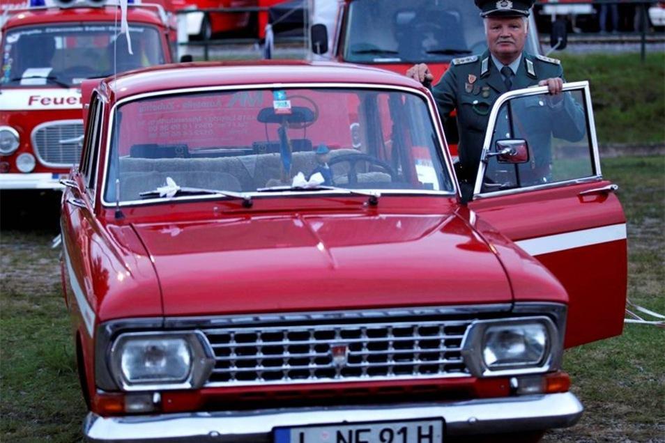 Aber auch eine eine Oldtimerschau, wie hier mit Andreas Holleritt und seinem Fahrzeug.