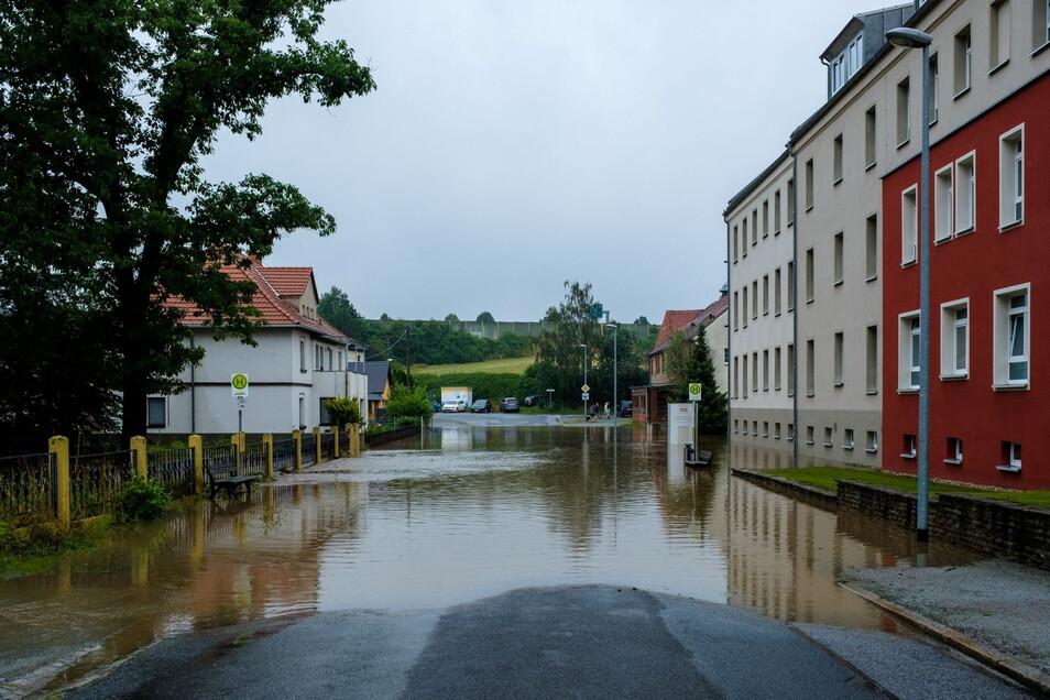 So sah es am Wochenende in der Bautzener Seidau aus: Das Wasser drang in den Keller eines Hauses des Pflegeheims.