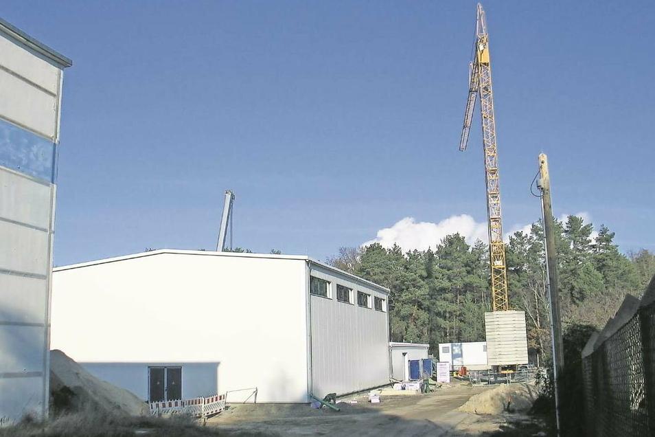 Gut zu wissen für die Bürger der WZV-Mitgliedsgemeinden: Die Arbeiten auf der Baustelle des neuen Wasserwerks Boxberg kommen gut voran.