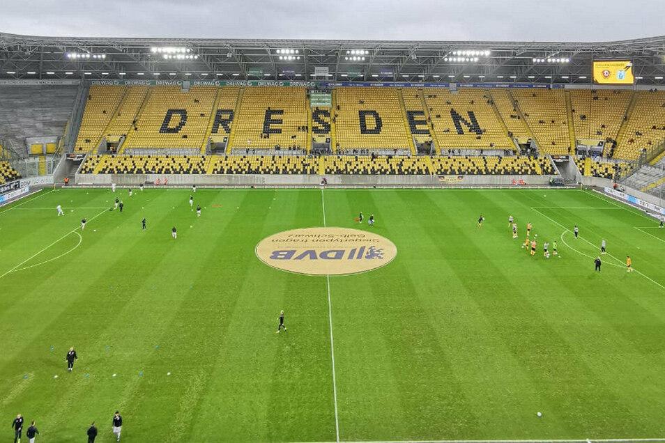 Um 14 Uhr geht es los im Rudolf-Harbig-Stadion: Dynamo Dresden gegen den SV Meppen. Die Dresdner haben dabei große Personalsorgen.