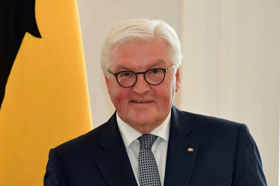 Frank-Walter Steinmeier, geboren 1956 in Detmold, ist seit 2017 Bundespräsident. Zuvor war er u. a. Außenminister und SPD-Kanzlerkandidat.