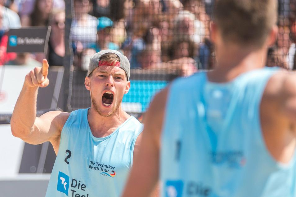 Richard Peemüller (l.) ist ein Emotions-Monster. Jetzt spielt der Dresdner zumindest im Sand wieder für Dresden.