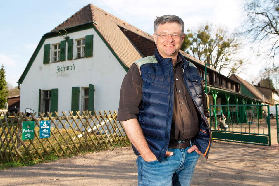 Der Biergarten des Landgutes Hofewiese läuft sehr erfolgreich. Jetzt will Holger Zastrow verstärkt in den Aufbau des Hauses investieren.