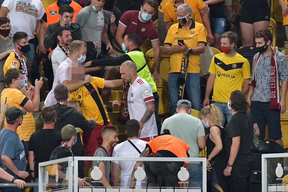 Der Zwischenfall nach dem Pokalspiel gegen den Hamburger SV hat ein finanzielles Nachspiel.