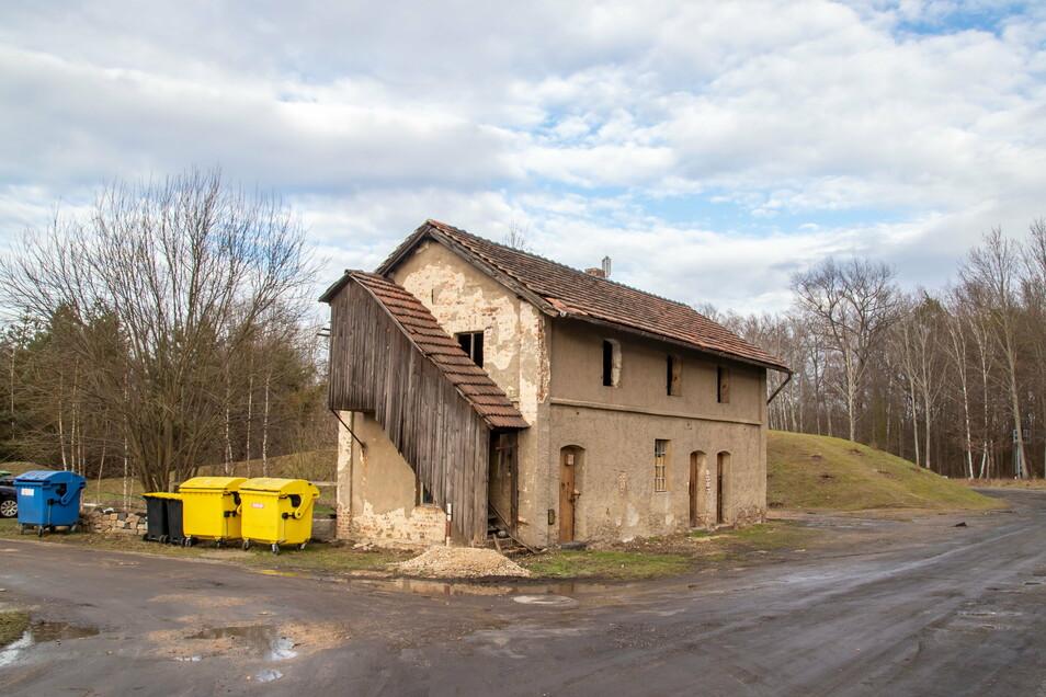 Die Alte Wäschemangel in Kodersdorf-Bahnhof soll ein Begegnungszentrum und von den Einwohnern und Vereinen genutzt werden. Dazu macht sich ein Anbau notwendig.