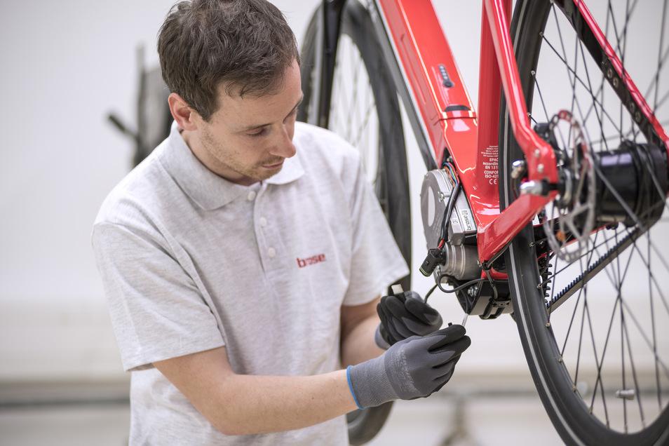 Ist mein Rad bald fertig? Wenn der Liefertermin mehrfach verschoben wird, kann das an fehlenden Bauteilen liegen.