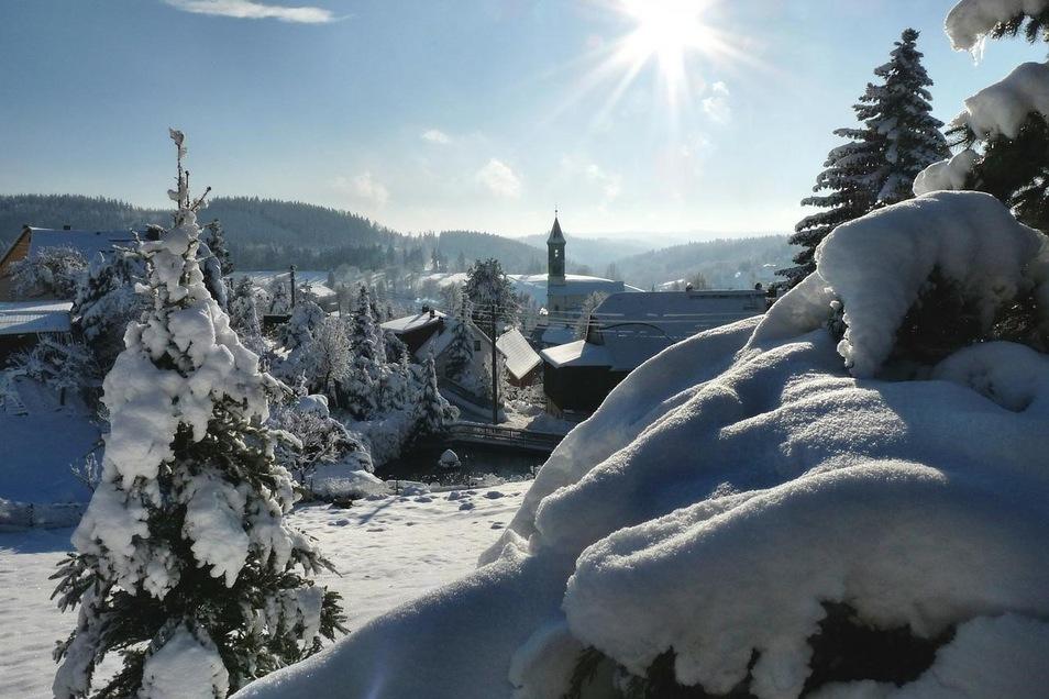 Wer sich im Winter für einen Urlaub in der Sächsischen Schweiz entscheidet, bekommt unvergessliche Einblicke in traumhafte Landschaften.