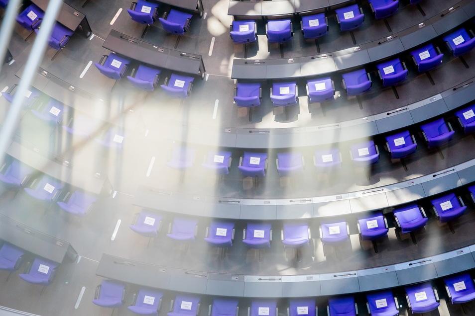 Hier sind noch viele Plätze frei: Der Bundestag wird am 26. September neu gewählt. Wer zieht aus Meißen, Riesa, Radebeul und Großenhain ein?