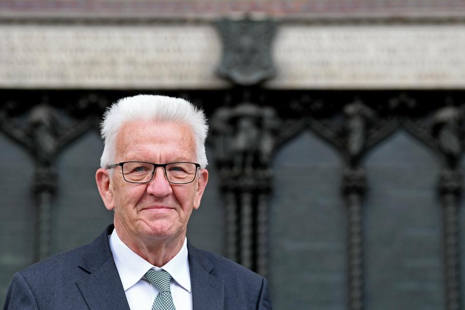 Winfried Kretschmann (Grüne) hatte zunächst Sachsen-Anhalt besucht. Jetzt kommt er nach Sachsen.
